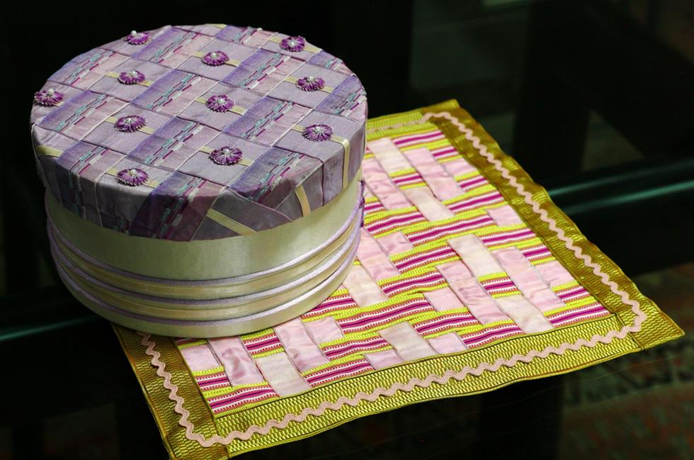 編み込みリボン(Ribbon Weaving)